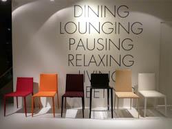 LEDERENSTOELEN_Lederen stoelen met diverse rughoogtes